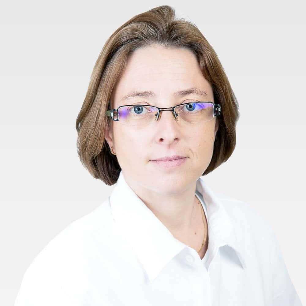 Dr Simon Kornelia Cmed