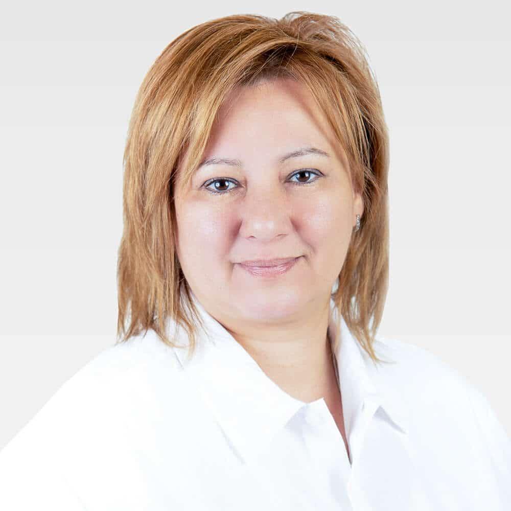 Dr Szemenyei Monika Cmed